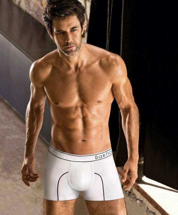 ART.2069: Boxer algodón y lycra con  microfibra deportiva, vivos finos a contratono. Colores: blanco c/negro - negro c/blanco azul c/blanco. Talles: S - M - L - XL