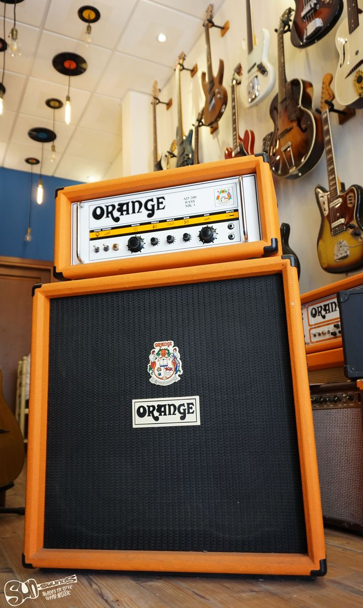 Orange AD200 Bass MK3 head & OBC410 Cab The 200W Orange Amplifiers AD200B Tube Bass Amp Head is one of the purest bass amplifiers ever produced. No bells and whistles, just the shortest signal path which gives the best results. The AD200B amp has become a favorite of bass players. Its outstanding bass tone puts the Orange AD200B above many bass amps in this price range.
