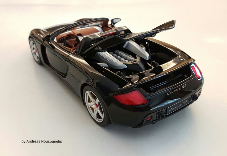 Porsche carrera gt 1/24 (Tamiya)