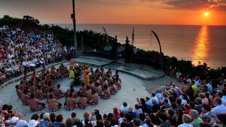 A lot of options are available for Bali day tours. Various tour operators have planned to visit different places while they are can be cover up within a day. A short term travel means lower money will be expense in this content.