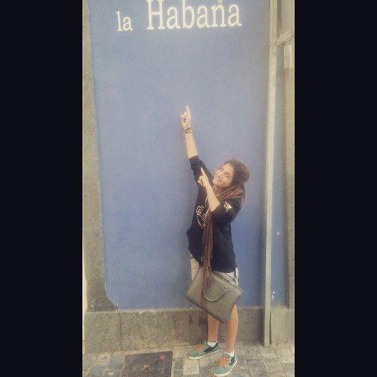#rasta #canarias #música #reggae #amor #pax #bendiciones #espíritu #guerrero #lioness #leona #en #la #lucha #avanzando #hip #hop #rapcanario #Habana #Cuba #GranCan #one #love #para #mi #gente #de #la #Habana  En Gran Can hay cachitos de mi Habana <3 by zuri_the_lion