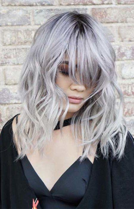 cheveux couleur argent