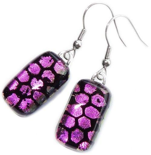 Lange paarse oorbellen handgemaakt van luxe dichroide glas! Oorbelhaakjes naar keuze!