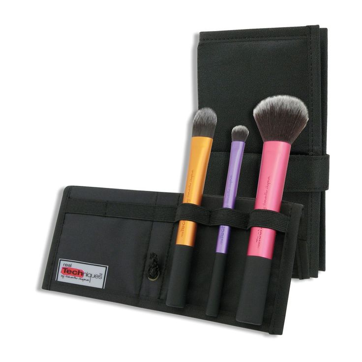 Real Techniques On Location: Travel Essentials Brush Kit 1 pack