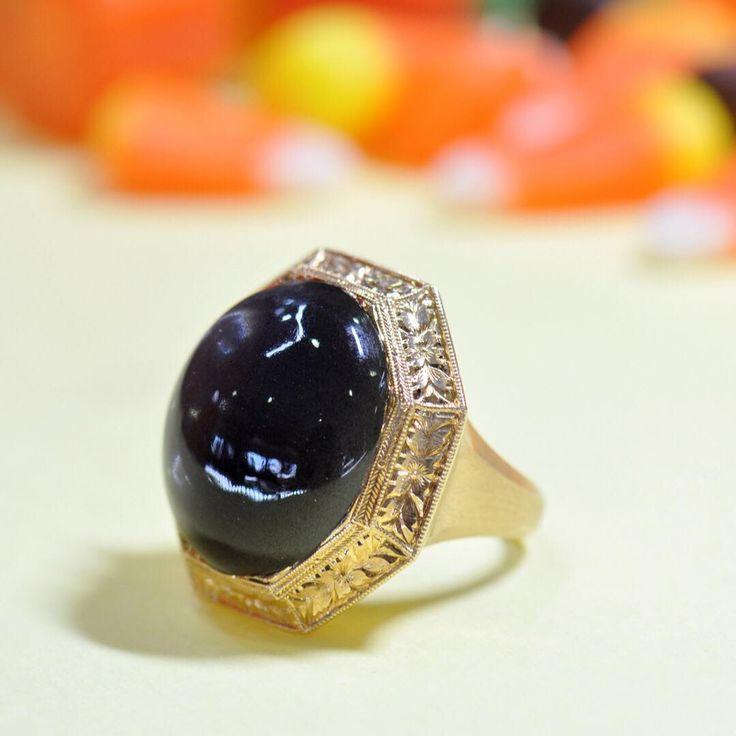 22.59 carat black moonstone statement ⚫️ Black Moonstone ring by Ricardo Basta Fine Jewelry #ricardobasta #blackmoonstone #moonstone