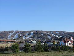 Mont Saint-Sauveur - Skiing in Canada