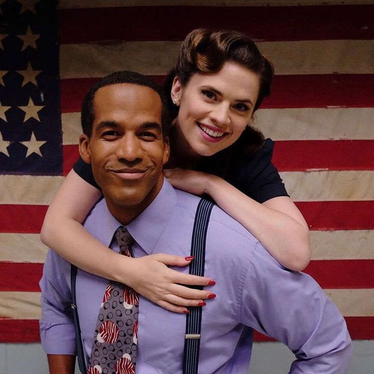 Agent Carter (Season 2) : Behind the scenes with Hayley Atwell (Agent Peggy Carter)  and Reggie Austin (Dr. Jason Wilkes)   Aren't they cute?