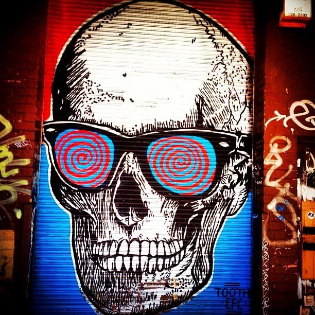 graffiti skull street art collingwood melbourne