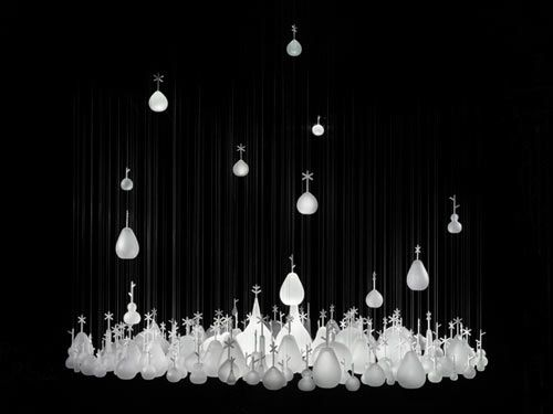 Growing Vases is a design concept created by Nendo in collaboration with Fabio Novembre for Czech glass and lighting company Lasvit.
