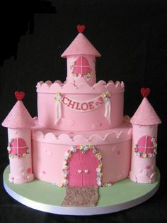 Castle Cake I want this for Isabelle's second birthday!