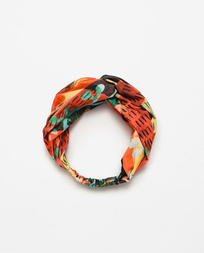 Image 2 of TROPICAL PRINT TURBAN from Zara