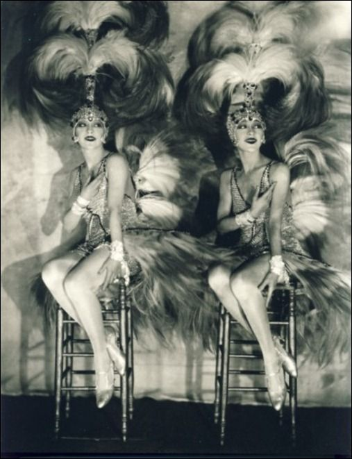 The Dolly Sisters - The twins Roszika (Rosie) and Janszieka (Jenny) Deutsch were Vaudeville performers.