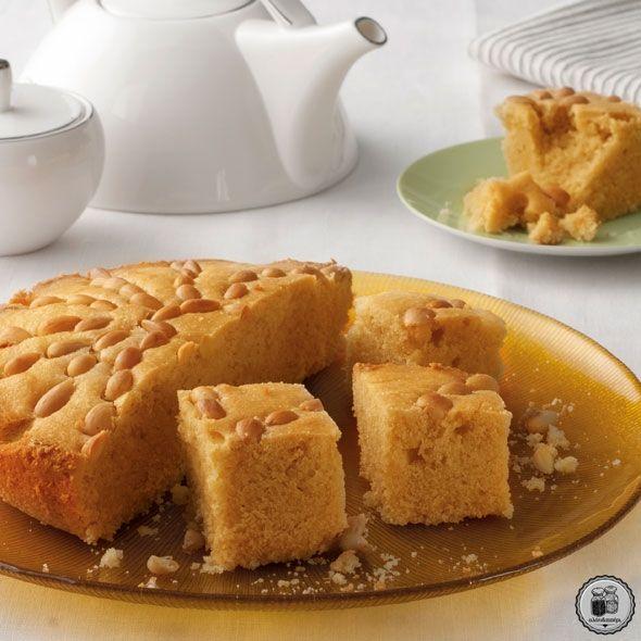Κέικ με κουρκουμά και γλυκάνισο