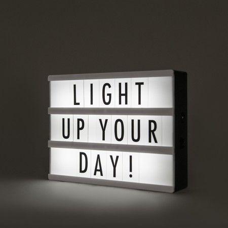 Lampa LED Lightbox A5 z 85 literami i symbolami