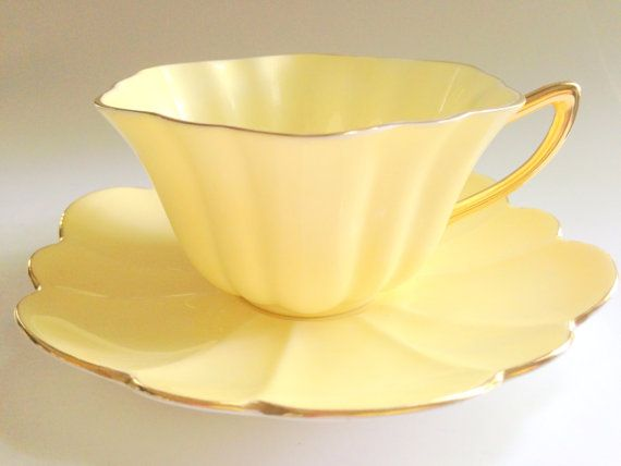 Shelley Tea Cup and Saucer Stratford Shape Tea by AprilsLuxuries
