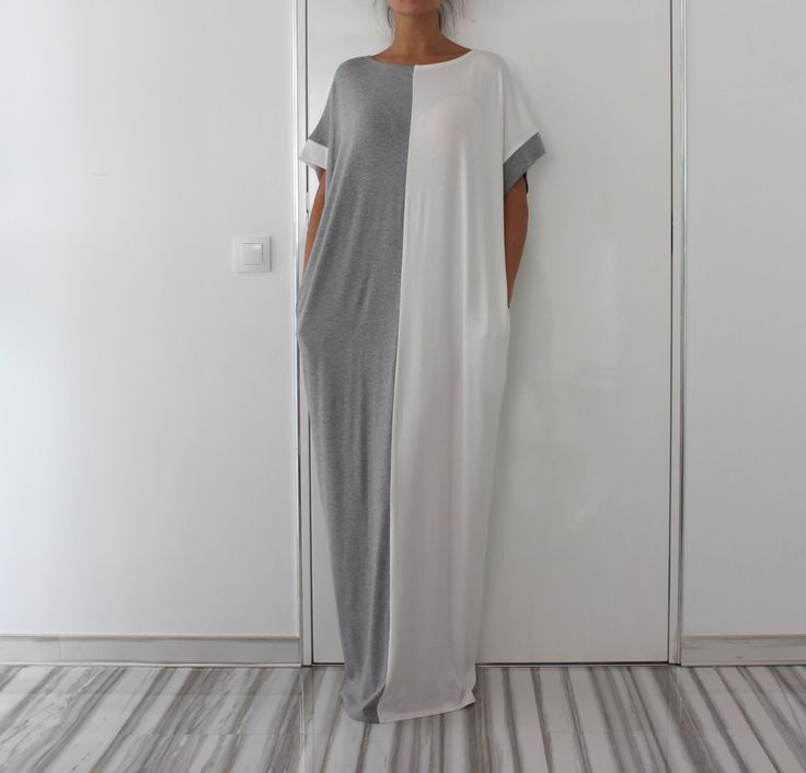 Grey and White Long MAXI Oversized Elegant Party Dress/Caftan Dress/Dress with Pockets door cherryblossomsdress op Etsy https://www.etsy.com/nl/listing/220879302/grey-and-white-long-maxi-oversized