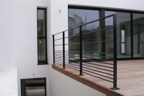 1000 id es sur le th me garde corps sur pinterest voilages garde corps terrasse et escaliers. Black Bedroom Furniture Sets. Home Design Ideas