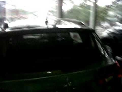 Mitsubishi Outlander Type PX Warna Grey Bandung