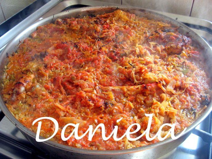 Daniela, bucatarie moldo-ardeleneasca: Varza acra cu carne de curcan , la cuptor