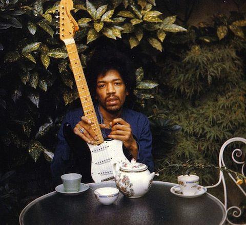Jimi Hendrix por Monika Dannemann - one day after his death