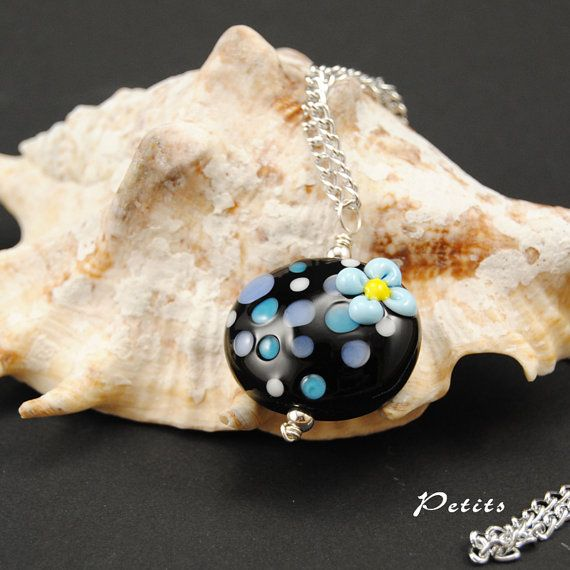 Flowers: catenina argentata con perla a lume in di LampworkAndMore