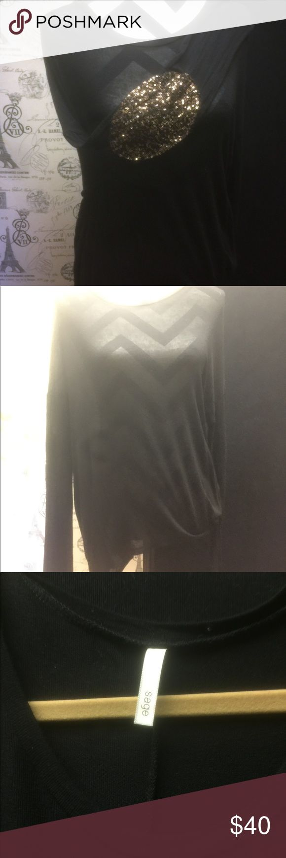 ROSE GOLD SEQUIN ELBOW PAD BLACK BAT WING TUNIC SEMI SHEER TYPE MATERIAL TIGHT SLEEVES FITS LADIES SMALL-LARGE BEST PERFECT FOR LAYERING THIS COOL SEASON ADD LULAROE LEGGINGS FOR A GLAM STYLE Sage Tops Tunics