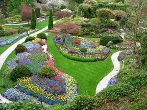 Bouchard Gardens is a must see on Vancouver Island, B.C. An All -Day event just to begin to say you have seen most all of it, and then you'll be fibbing. It changes themes seasonally. We were there during the tulip season in May.