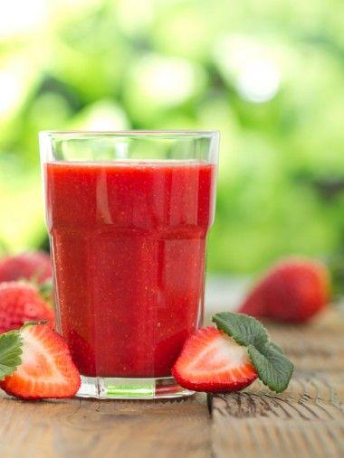 Déclarez votre flamme avec le #cocktail sans alcool Fleur d'amour. Grâce à son mélange #gourmand de jus de fruits qui se marient à merveille, personne ne pourra vous résister !