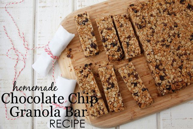 Chocolate Chip Granola Bar Recipe {from @weelicious}: Granola Bar Recipes, Lunches Boxes, Lunches Ideas, Schools Snacks, Coconut Oil, Homemade Chocolates Chips, Healthy Food, Chips Granola, Homemade Granola Bar