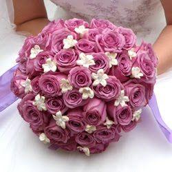 veldig fin lilla roser og små hvite