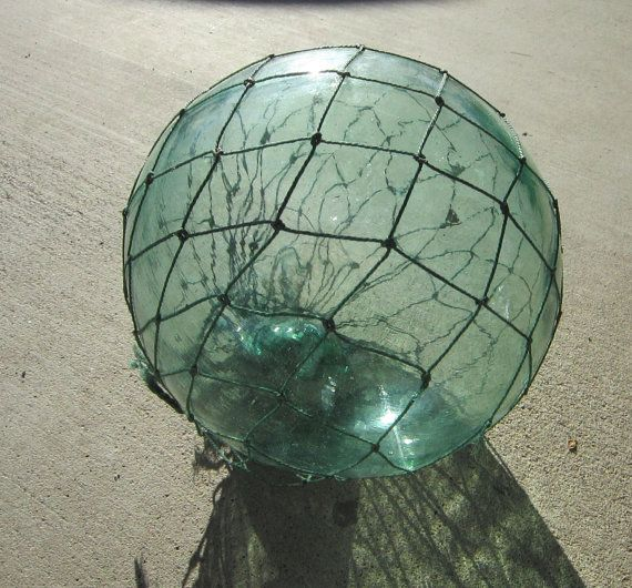 1000 images about glass floats on pinterest antique for Fishing net floats