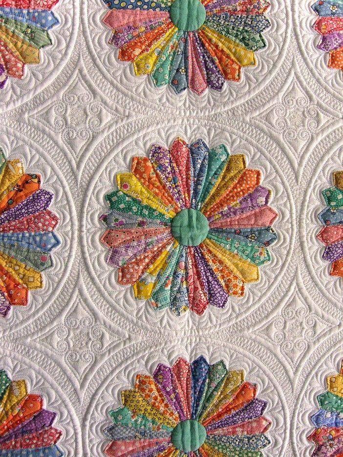 Pin by Ellen Fox on Screenshots   Applique quilts, Longarm ...