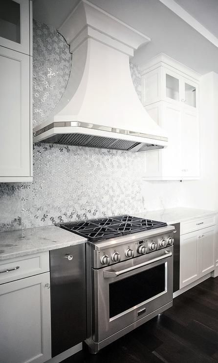 metallic tiles kitchen silver metallic mosaic tiles kitchens 4104