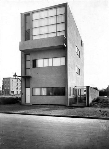 Le Corbusier Maison Guiette, Antwerp, Belgium, 1926. Copyright: ADAGP – FLC. found on the website: http://www.fondationlecorbusier.fr