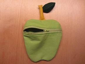 """Gebaseerd op het patroon van de """"geldverslinder"""" uit de Knippie .   Om het appel-portemonneetje  te maken heb je groene stof nodig (of rood..."""