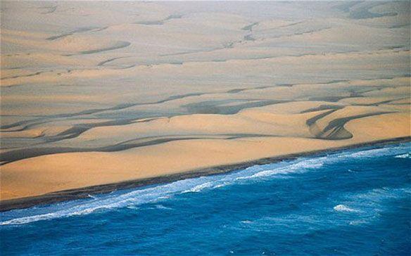 skeleton+coast | Skeleton Coast. Photo Source: Alamy