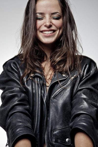 VIVA! MODA (BEAUTY MISTAKES) - ALDONA KARCZMARCZYK