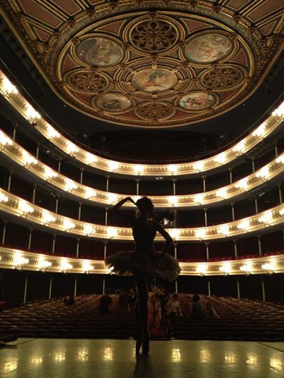 Nadia Khan en el Teatro Principal de Zaragoza