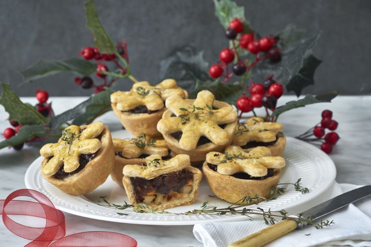 Cheese and pickle mince pies are here and we don't hate it