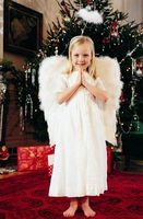 How to Make Child's Angel Costume From Sheet thumbnail