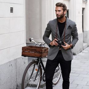 Model & Influencer from Sweden Travel, Menswear and Training Current location: Stockholm ✉️ Contact - Erik.Forsgren@wearecube.se