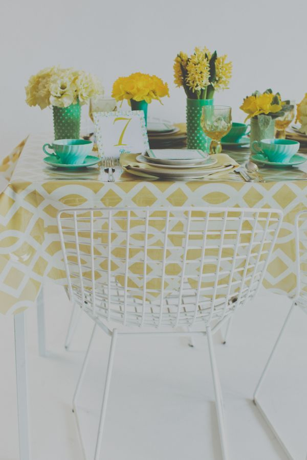 #Mint and Lemon Tablescape