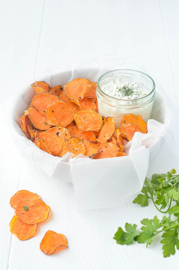 Zoete aardappel chips