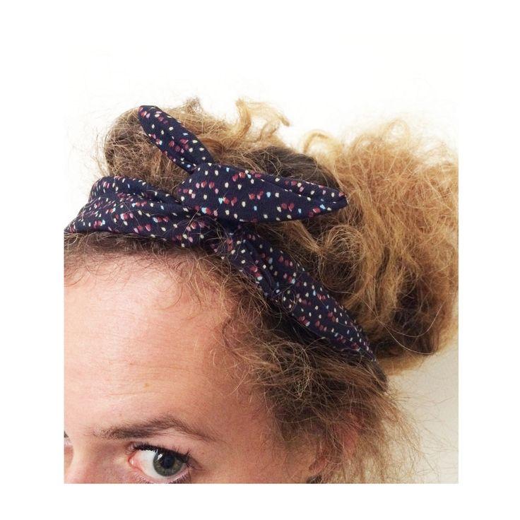 ▲ LOU ▲ Bandeau noeud, rétro, tissus motif pois irrégulier bordeaux & violet, fil de fer ... : Accessoires coiffure par elora