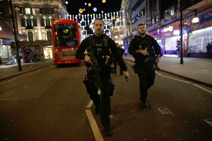Oxford Circus Incident Sees Mail Online Slammed For Using 10-Day-Old Tweet