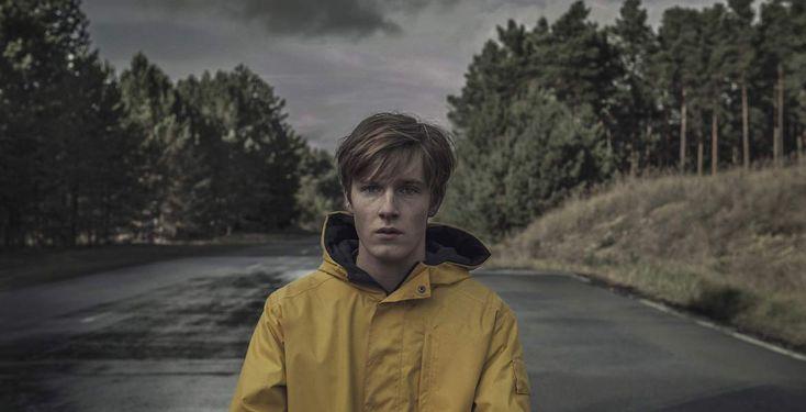 """Neue Netflix-Serie Dark - In der ersten deutschen Netflix-Produktion """"Dark"""" geht es um vier Familien, die auf geheimnisvolle Weise in Verbindung stehen."""