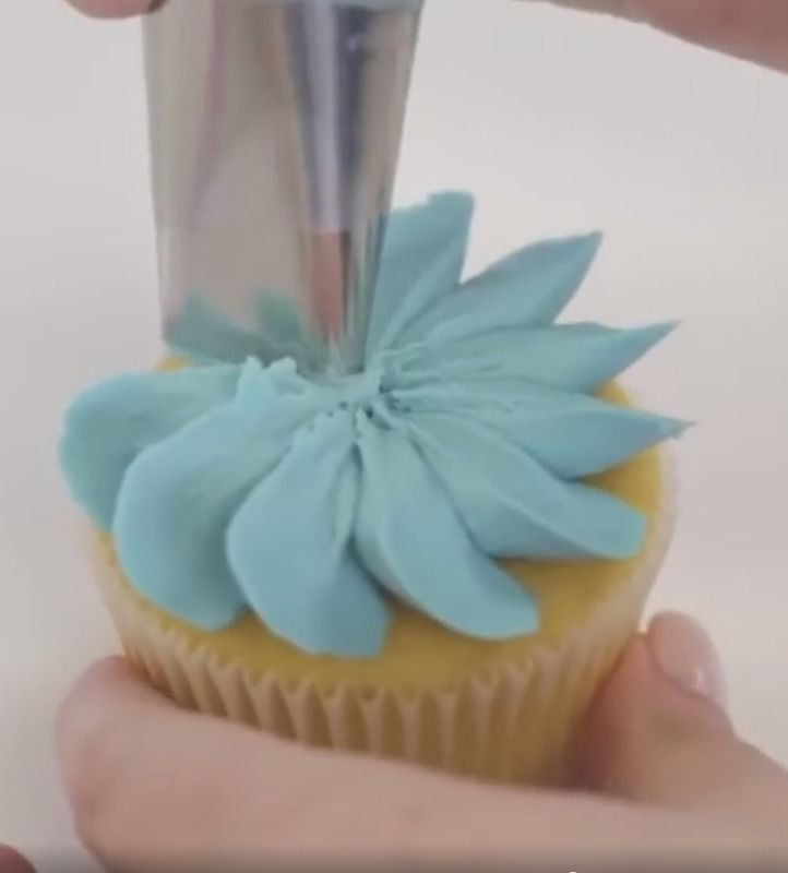 Daisy cupcake tutorial Tip 127                              …