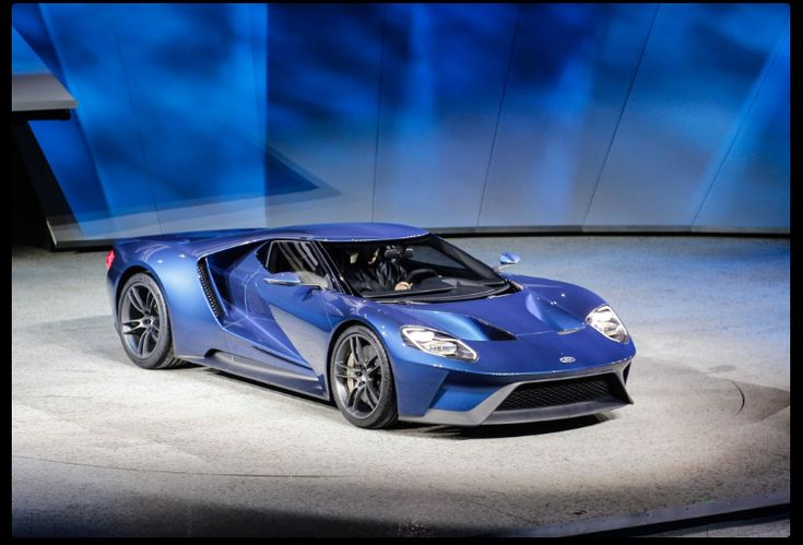 The 2019 Ford GT40 offers outstanding style and technology both inside and out. See interior & exterior photos. 2019 Ford GT40 New features complemented by a lower starting price and streamlined packages. The mid-size 2019 Ford GT40 offers a complete lineup with a wide variety of finishes and features, two conventional engines.