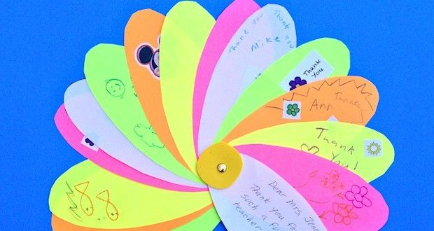 Classroom Thank You Card Flower: Kids write individual Thank You Notes