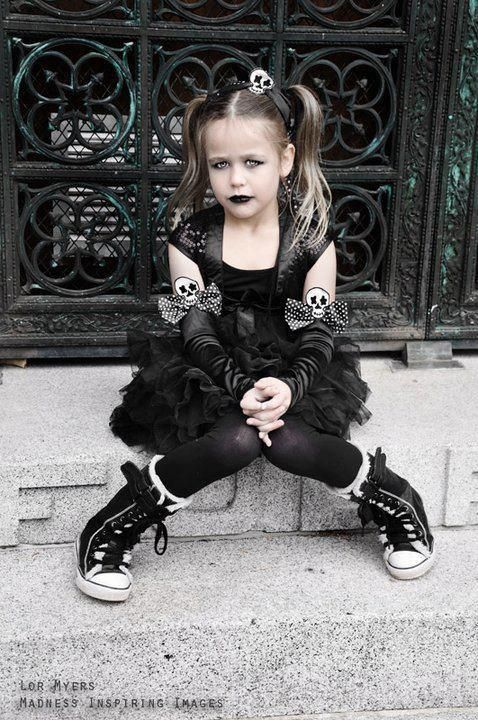 pity my daughter was such a girly girl at the this age, this would have been so cool as an halloween outfit....oh well there is still some time to change her before she becomes a teenager.